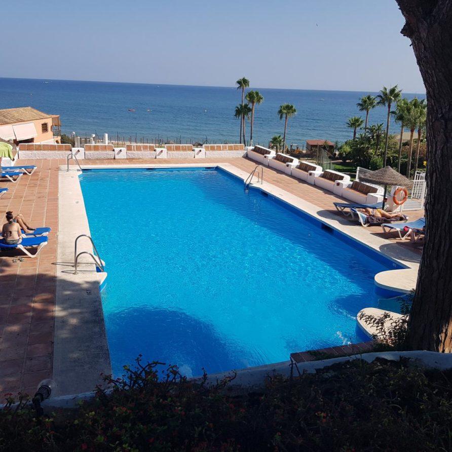 24 – Beachfront apartment for Rent in Mansión Alhamar