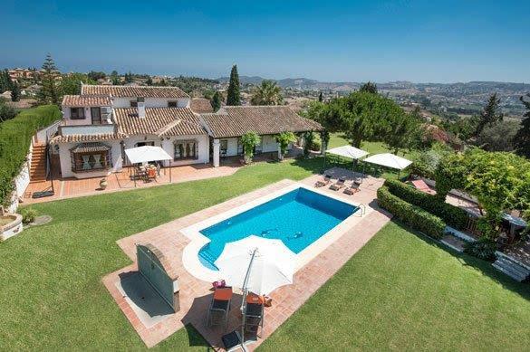 19 – Villa for Rent in La Sierrezuela