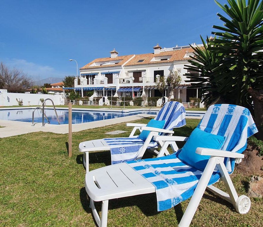 01 - House for Holiday Rent in Paseo Marítimo Fuengirola - Spain