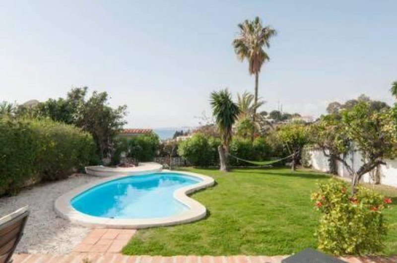 08 – Private Villa with pool in Torremuelle